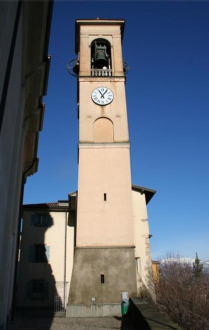 Vista del campanile dal lato Sud